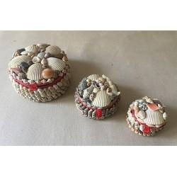 Coffret bijoux coquillages forme ronde moyen modèle 9cm par 12