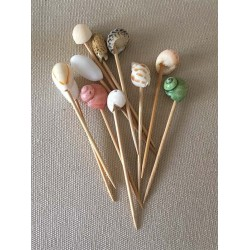 12 Piques Wood Bout Shells sold in batches of 6