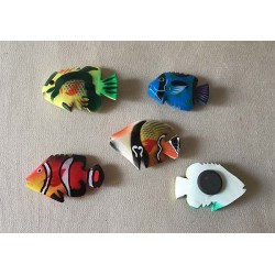 Magnets Fish Painted Wood 5cm lot of 30