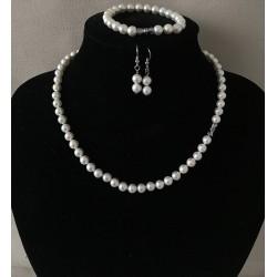 Parure collier, bracelet, boucles d'oreilles perles 9mm par 3