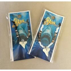 Colliers dent de Requin Résine assortis lot de 24
