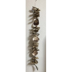 Natural driftwood garland with saddles shell 101.5cm by 3